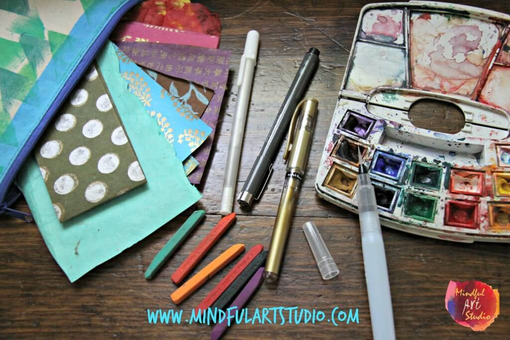 Art Studios in Small Spaces, Portable Art Kit, DIY art studio